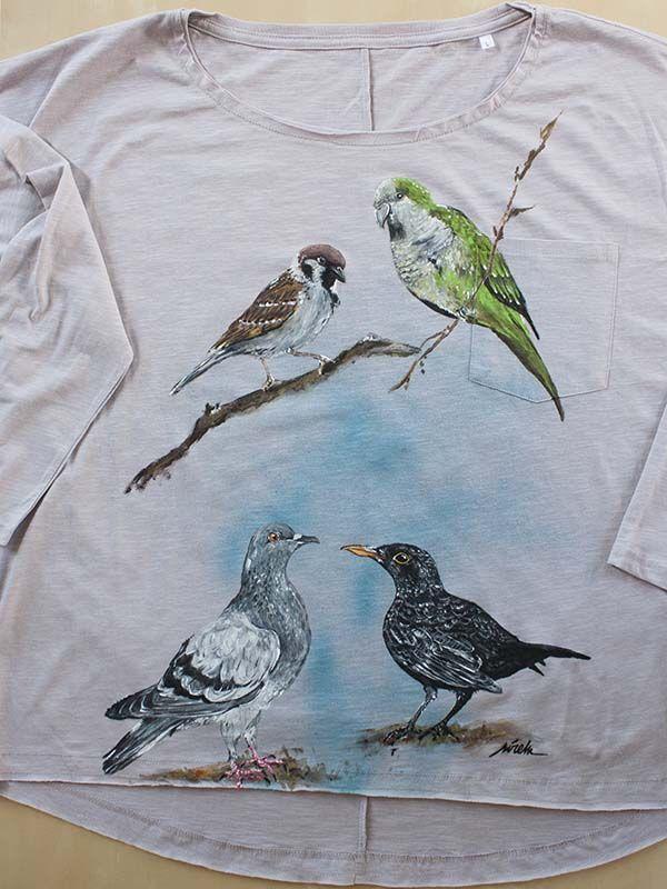 camiseta pintada a mano-sirem wild-pajaros-cotorra argentina-mirlo-paloma-gorrion
