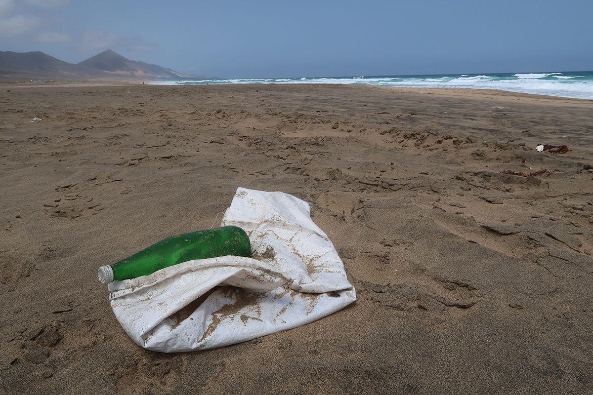 basura playa-mar-cofete-fuerteventura_2