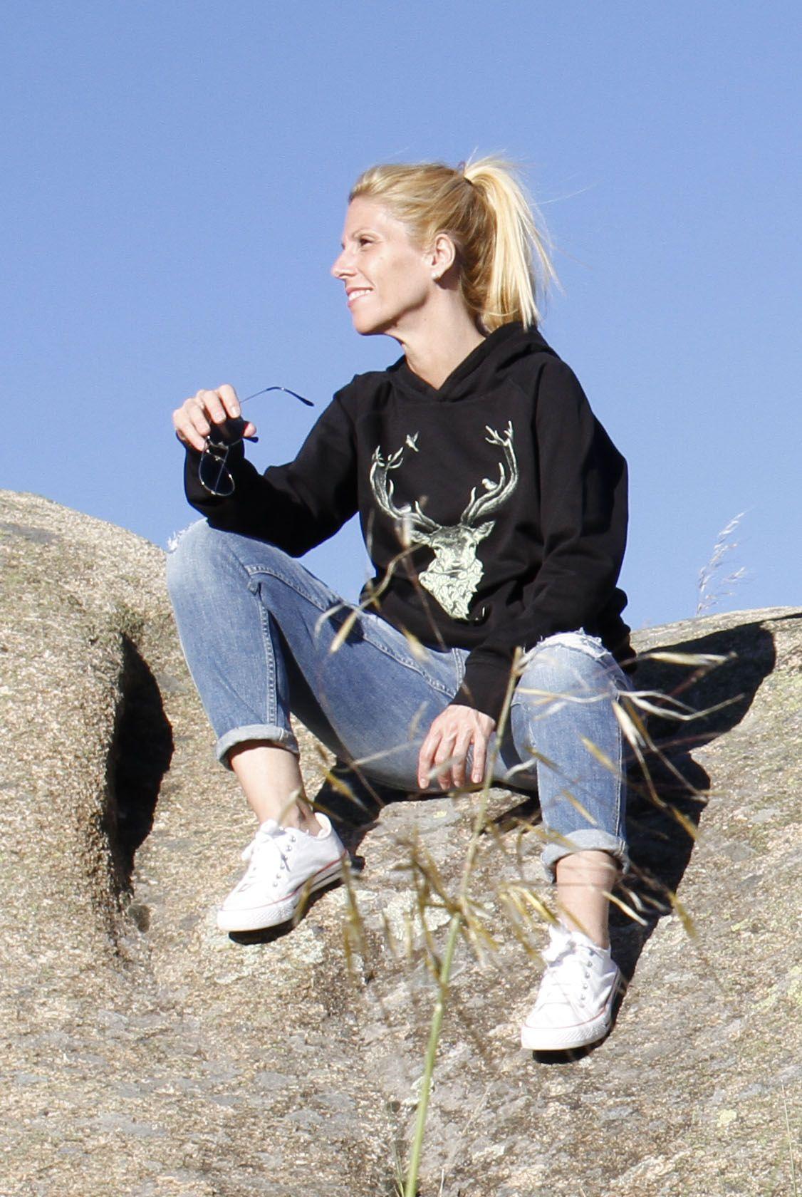 sudadera ciervo-algodon organico-sirem wild-moda sostenible-naturaleza-mujer