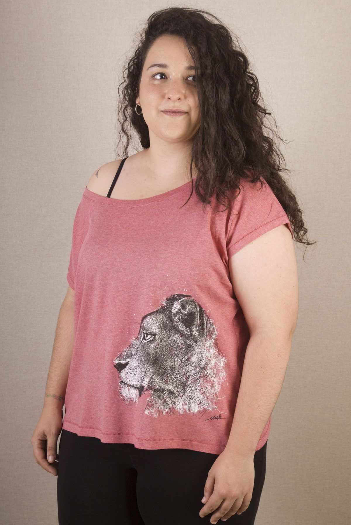 Camiseta Leona mujer-sirem wild