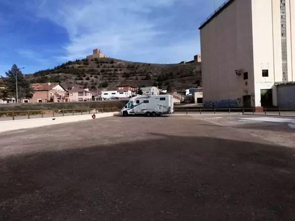 Viajar en furgoneta CAMPER molina de aragon-autocaravana